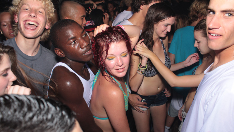 black-men-party-white-girls