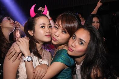 zen club girls jakarta.jpg