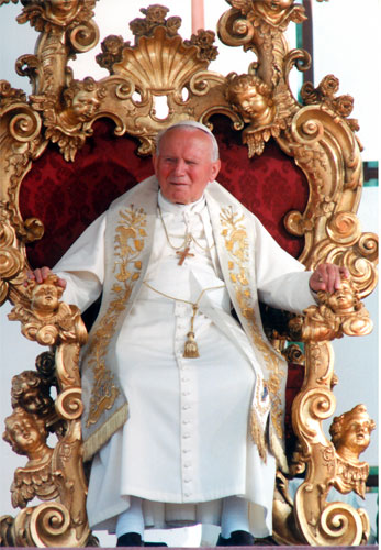 pope-john-paul-ii-on-throne-in-vatican