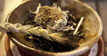 art-of-smudging_herbs