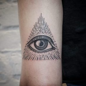 all-seeing-eye-tattoo9-650x650